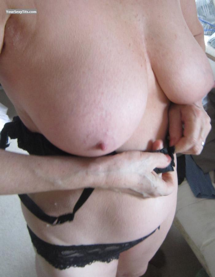 Tit Flash: My Very Big Tits - Pam from United Kingdom