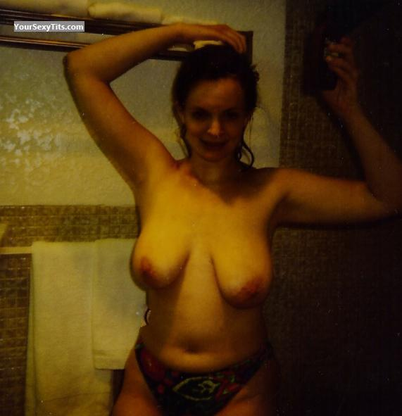 Very big Tits Topless Jan