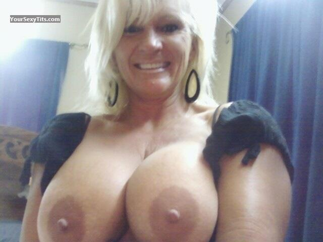 Big breast flash