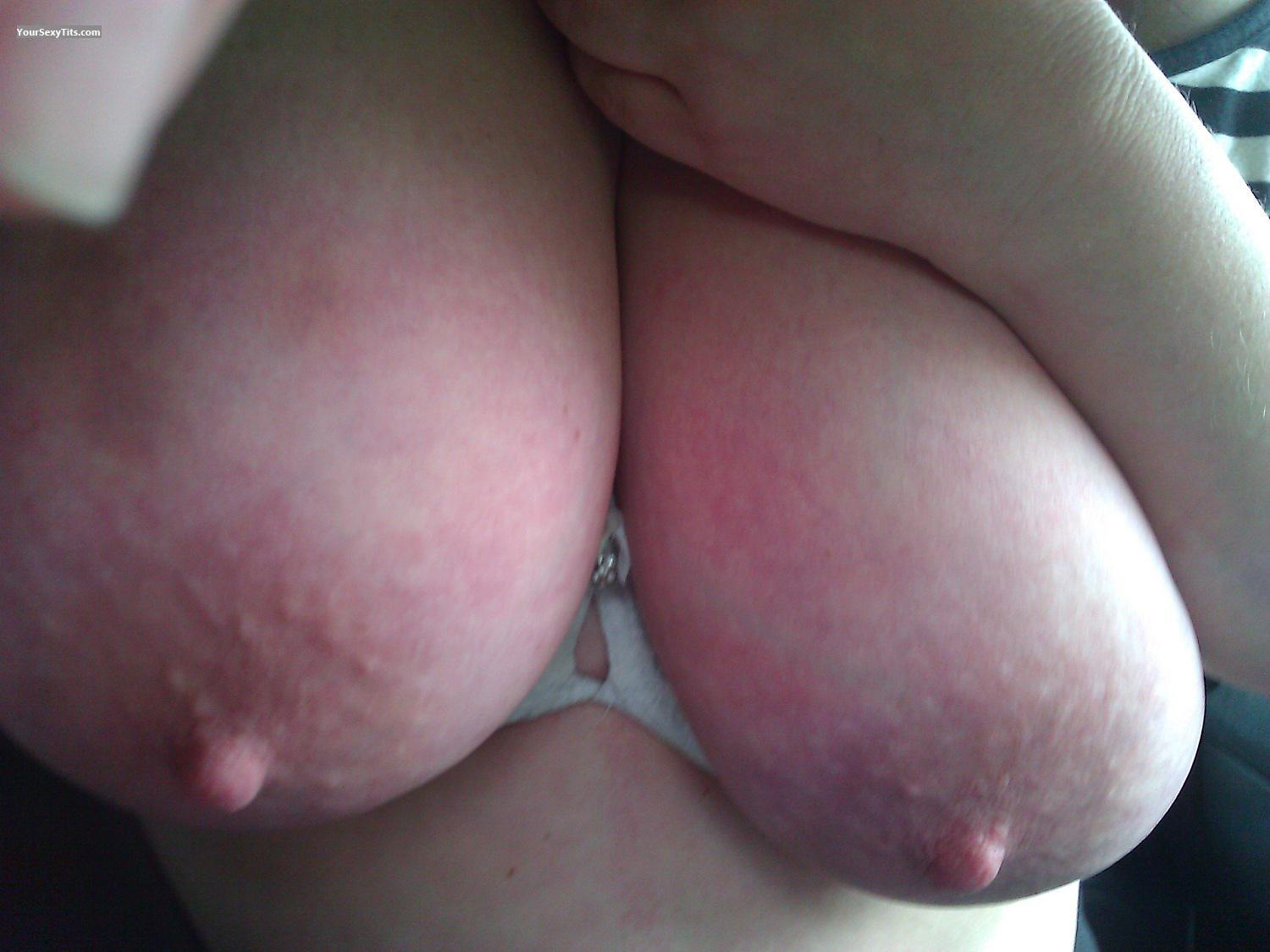 Tit Flash: Very Big Tits - Nicknack from United States