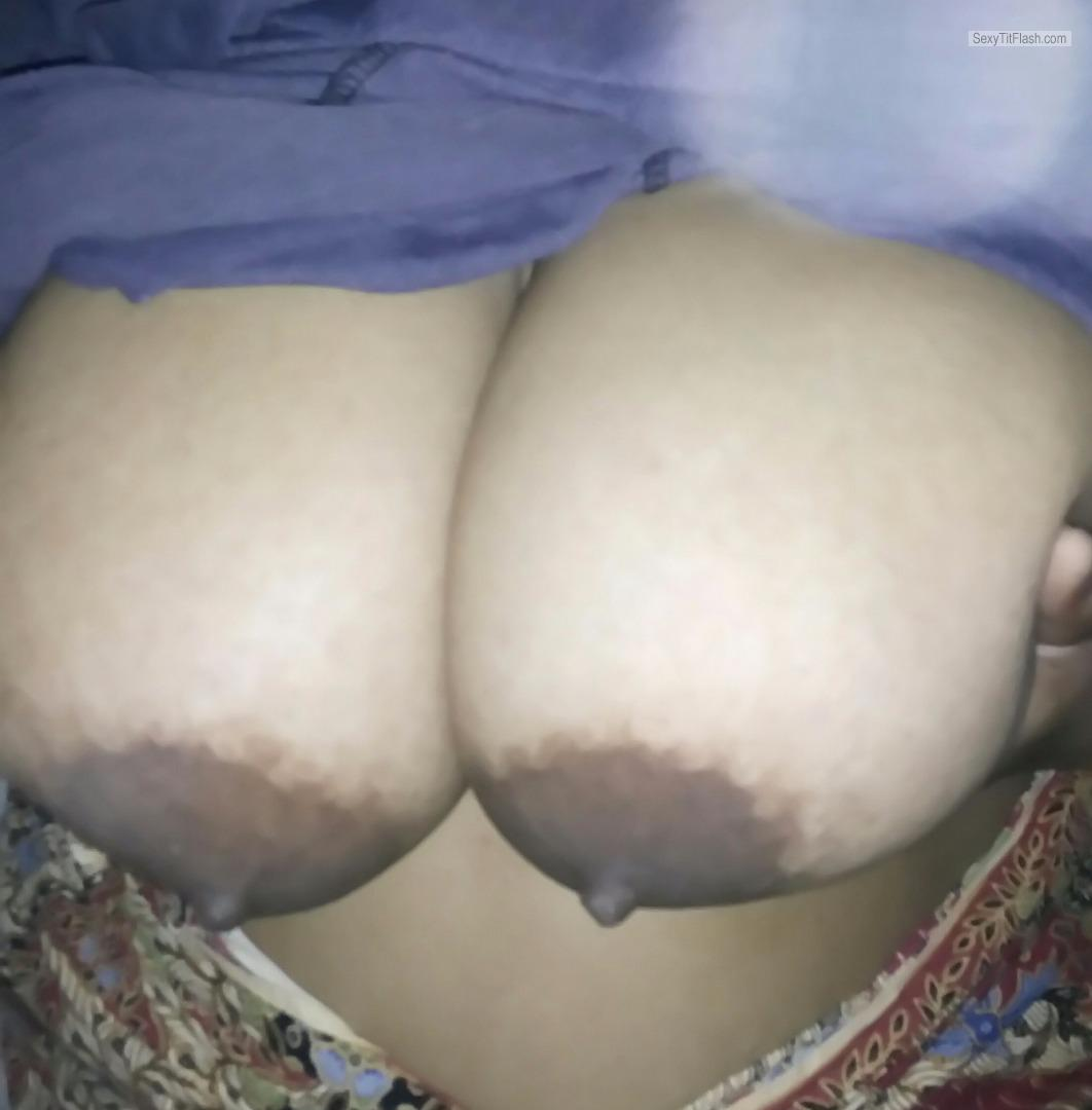 Very big Tits Of My Girlfriend Hot Indian 44D