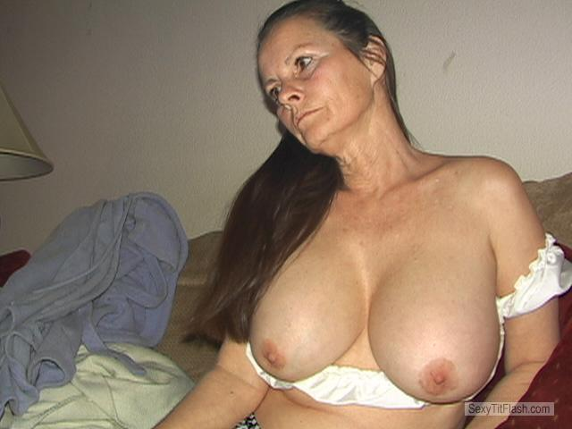 Tit Flash: My Very Big Tits - Topless Babeluvsdick from United States