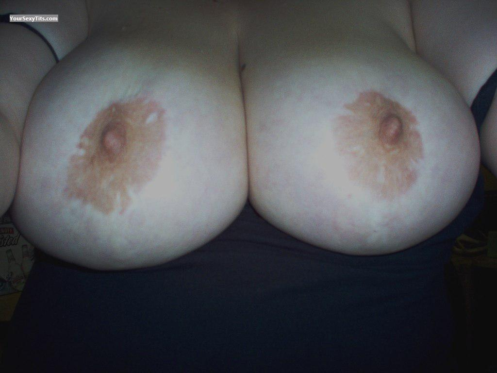 Tit Flash: Very Big Tits - Buxomy from Canada