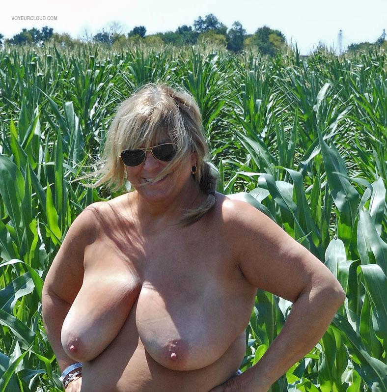Tit Flash: Wife's Tanlined Very Big Tits - Topless Iris from United States
