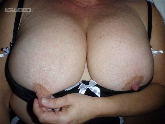 Tit Flash: Wife's Very Big Tits - Nipples from Canada