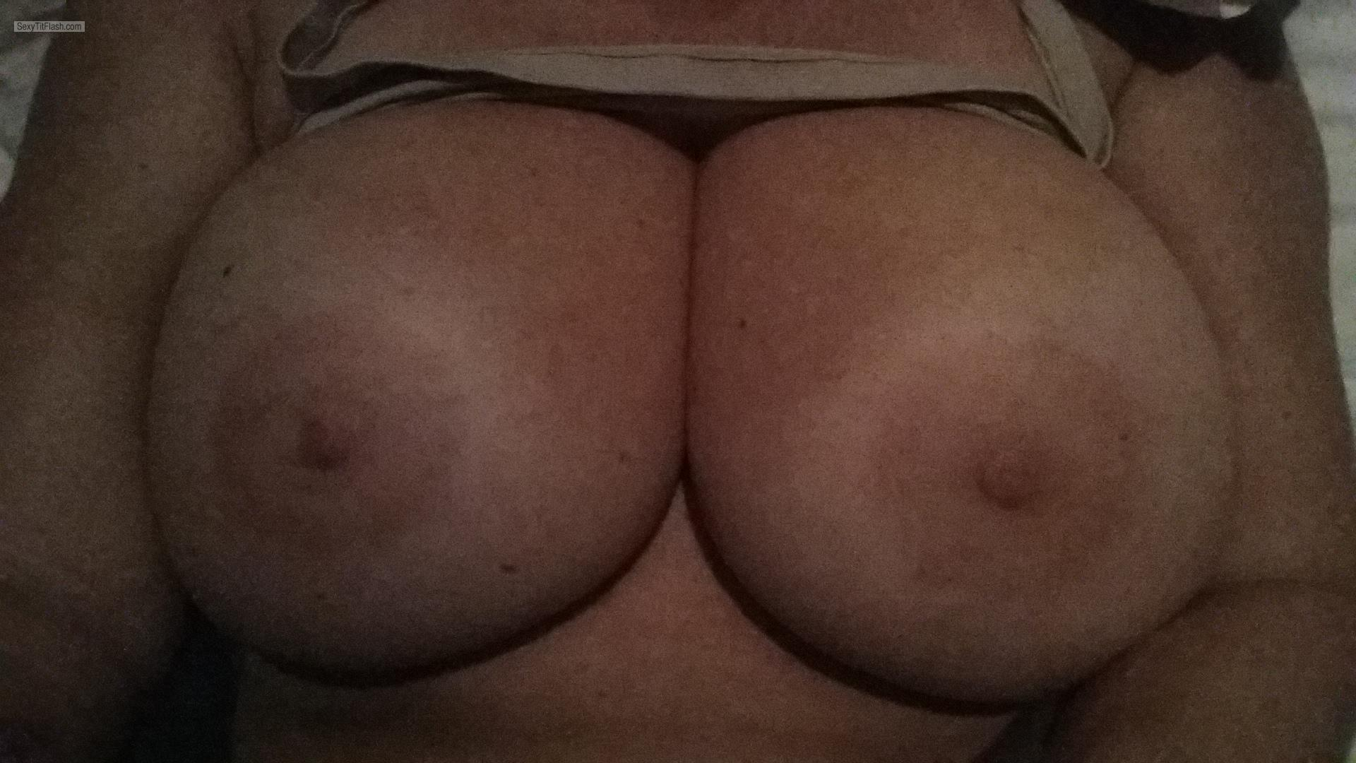 Tex nice tits and big nips 1