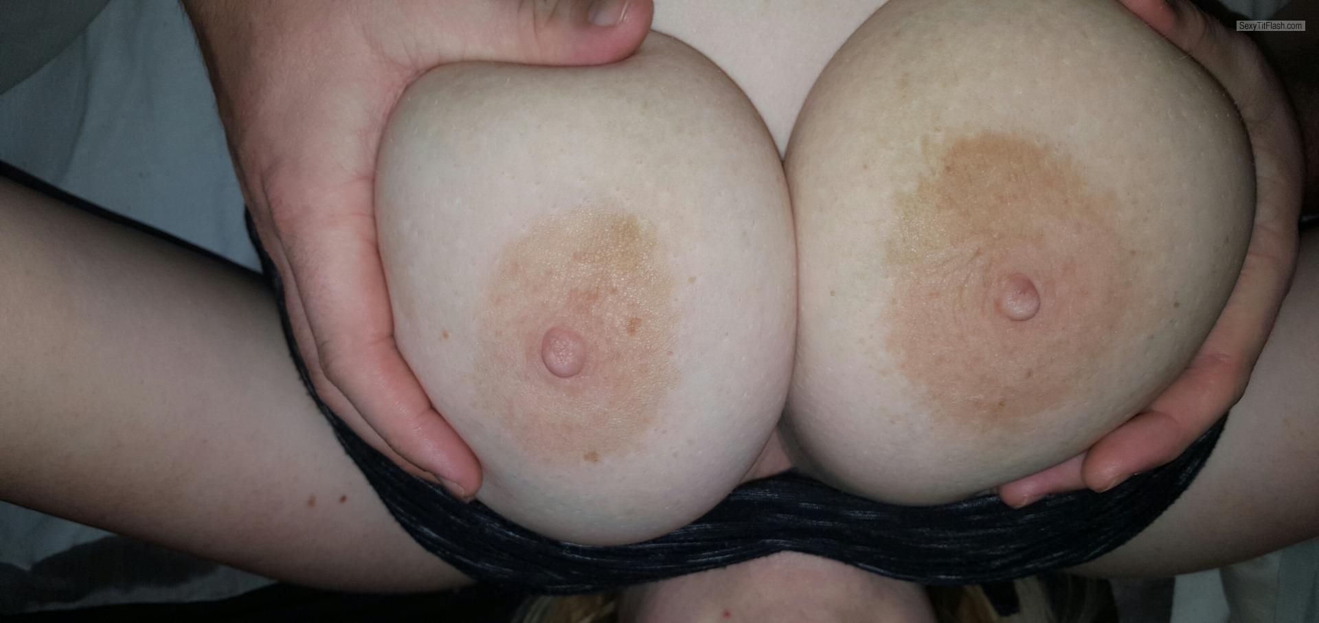 Tit Flash: Wife's Very Big Tits - My Sexy Wife from United Kingdom