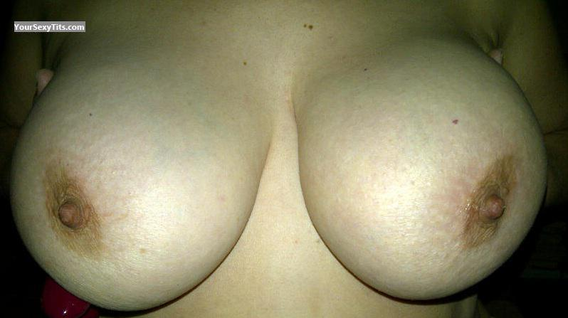 Very big Tits ExplorePT69