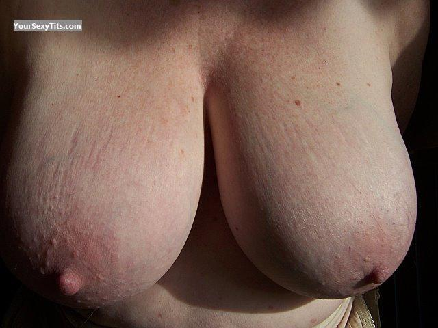 Tit Flash: Very Big Tits - Twin Girls from United States