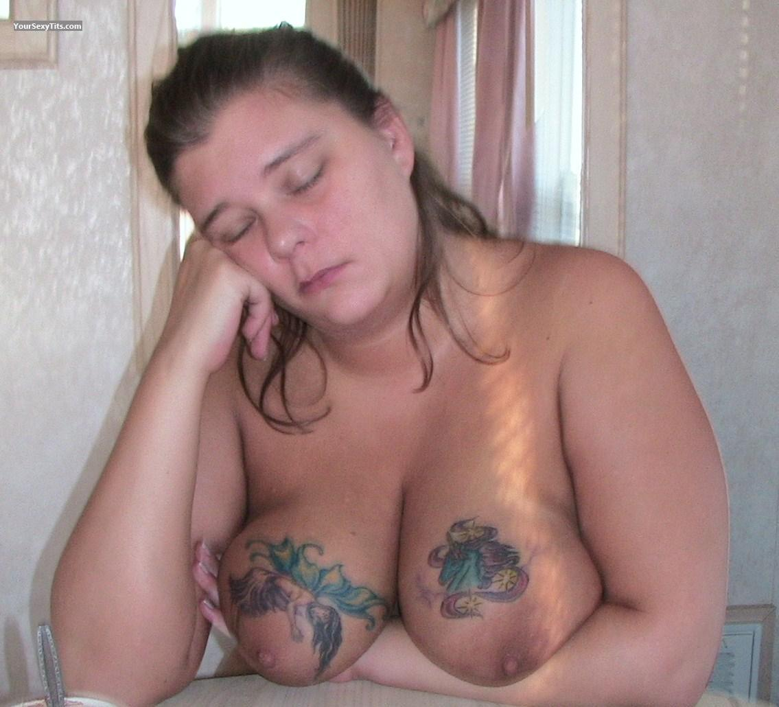 Tit Flash: Very Big Tits - Topless Titlover4u from United States