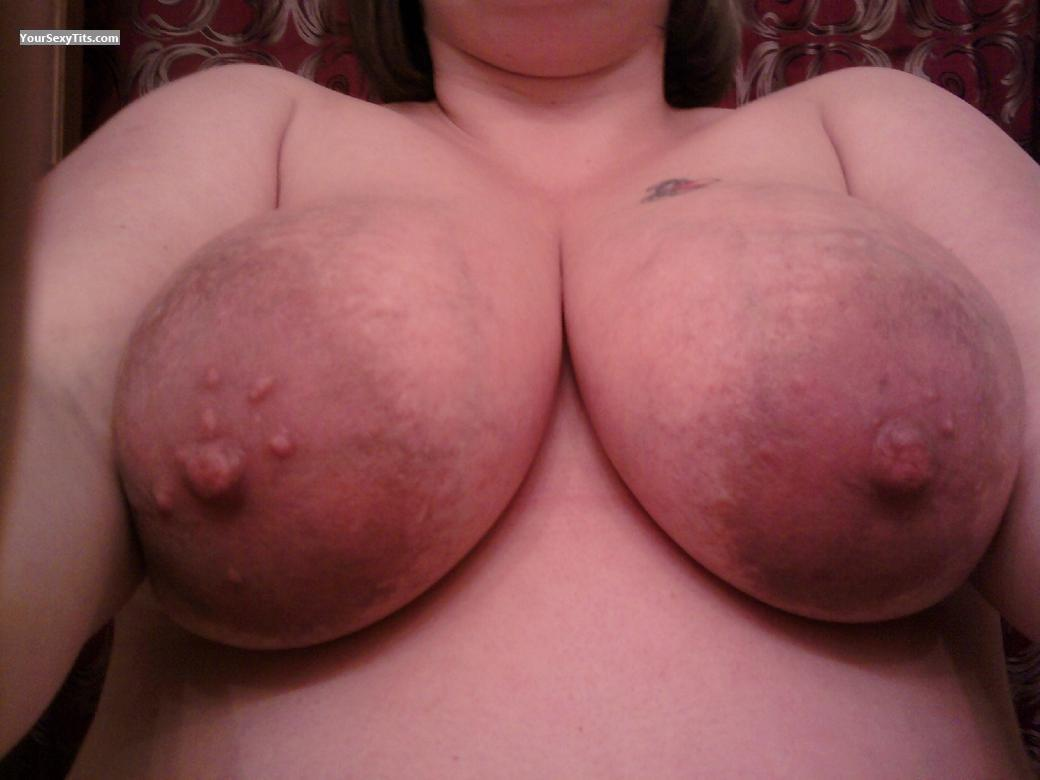 Very big Tits Hello