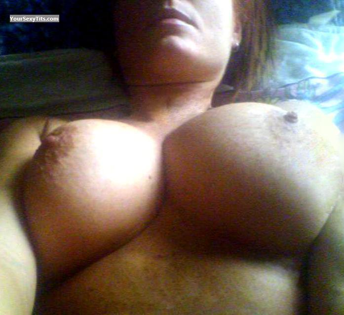 Tit Flash: Very Big Tits - Ponpin from Italy