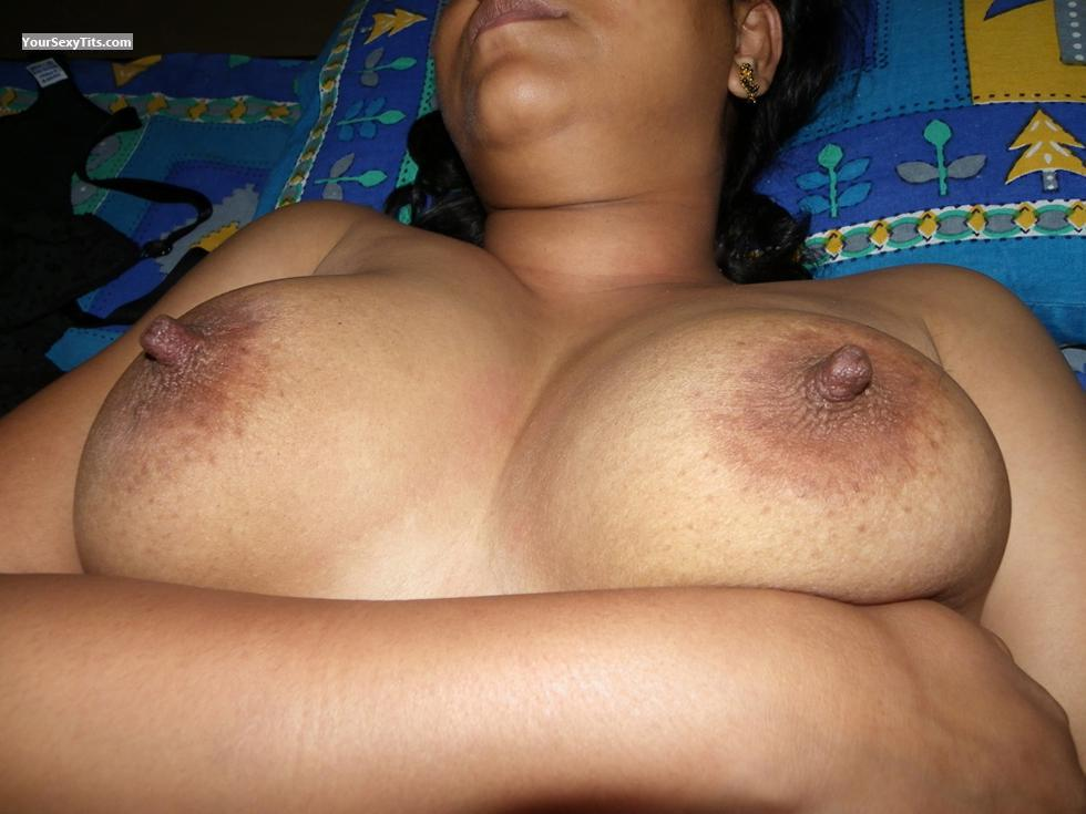 Tit Flash: Very Big Tits - Rati Priya from India