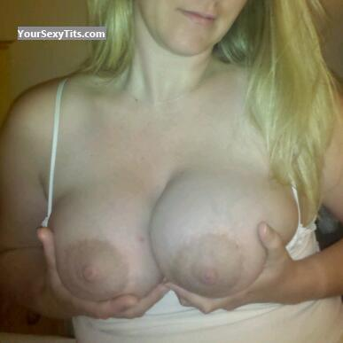 Very big Tits Calibabe77