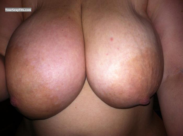Tit Flash: Wife's Very Big Tits - Bmw325bug from United States
