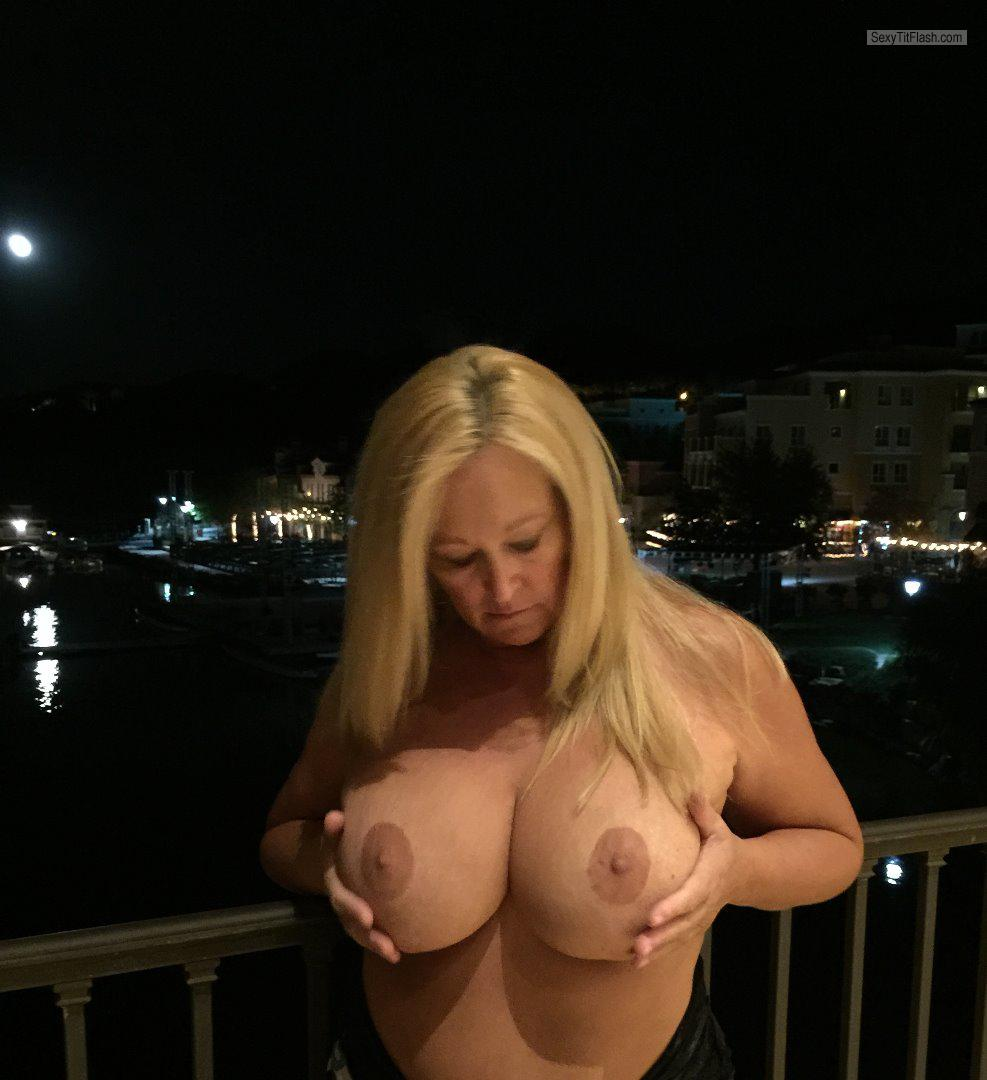 My Very big Tits Topless Tesa