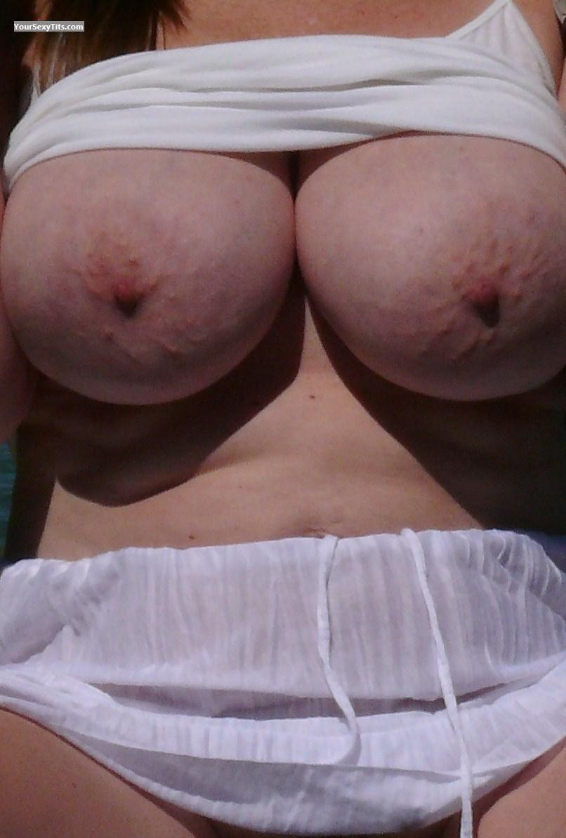 Tit Flash: Very Big Tits - Boobies from United States