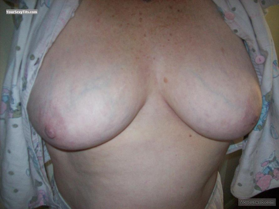 Tit Flash: Wife's Very Big Tits - Ample Annie from United States