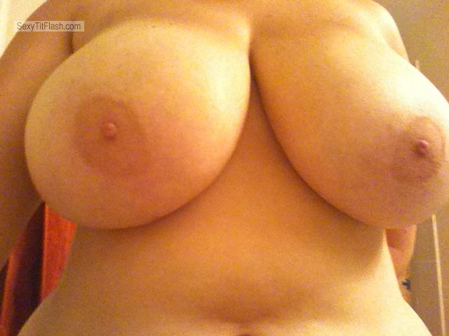 Tit Flash: Ex-Girlfriend's Very Big Tits (Selfie) - My Ex from United States