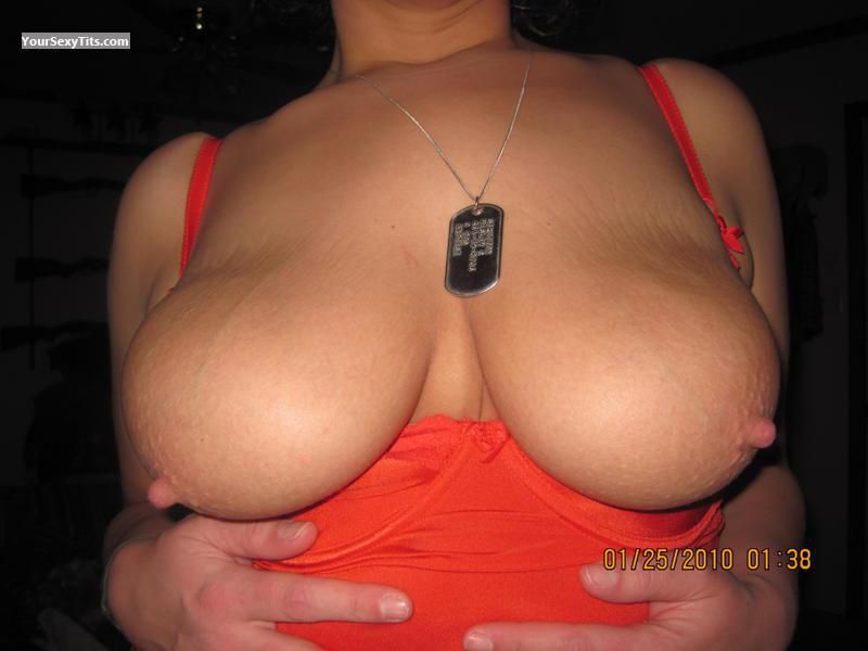 Tit Flash: Very Big Tits - Country284 from United States
