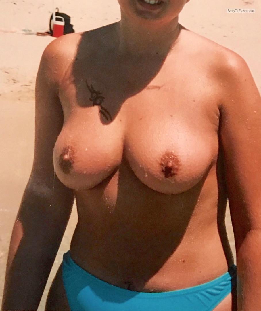 Very big Tits Of My Wife Topless Kandl