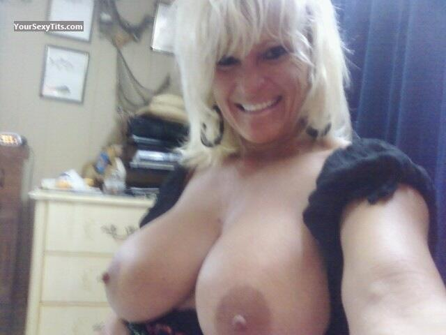 My Very big Tits Topless Selfie by Double