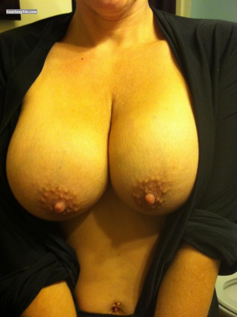 Very big Tits Of My Wife George13