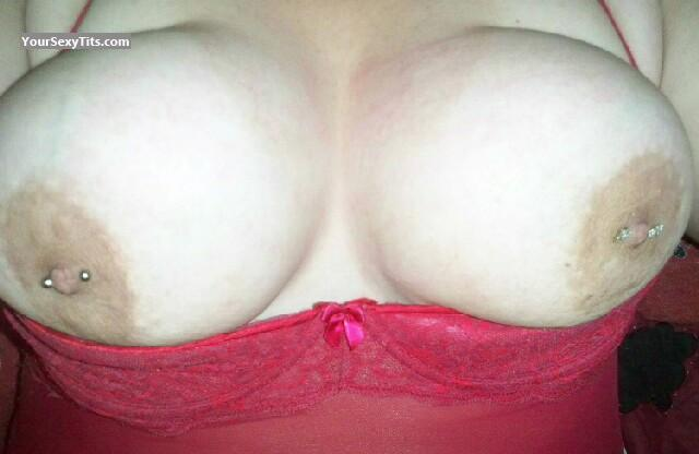 Tit Flash: Very Big Tits - Jen from United StatesPierced Nipples