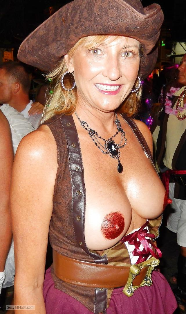 Very small Tits Topless Fantasy Fest Milf