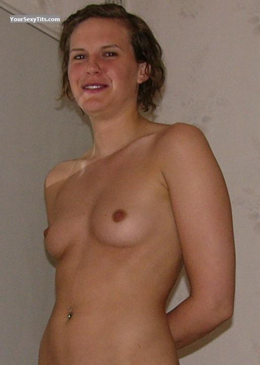 Very small Tits Of My Wife Topless Agneta
