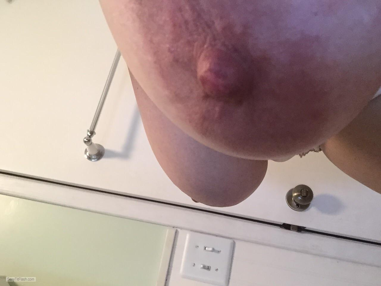 My Very small Tits Topless Cammie