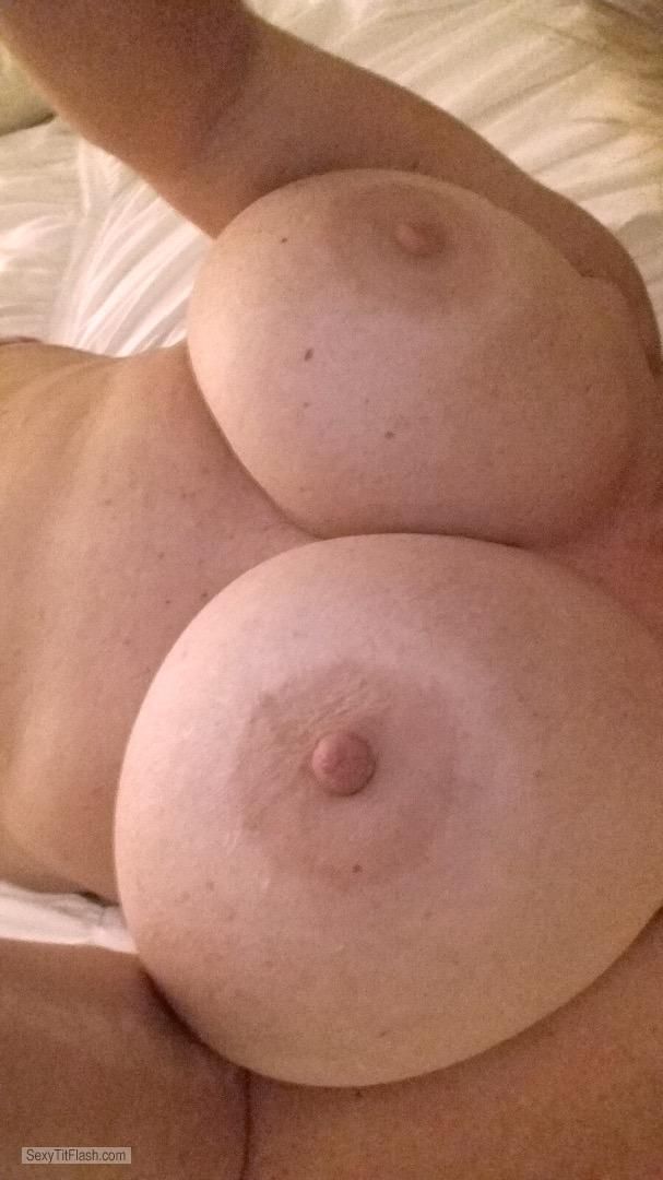 My Very small Tits Topless Corpus81
