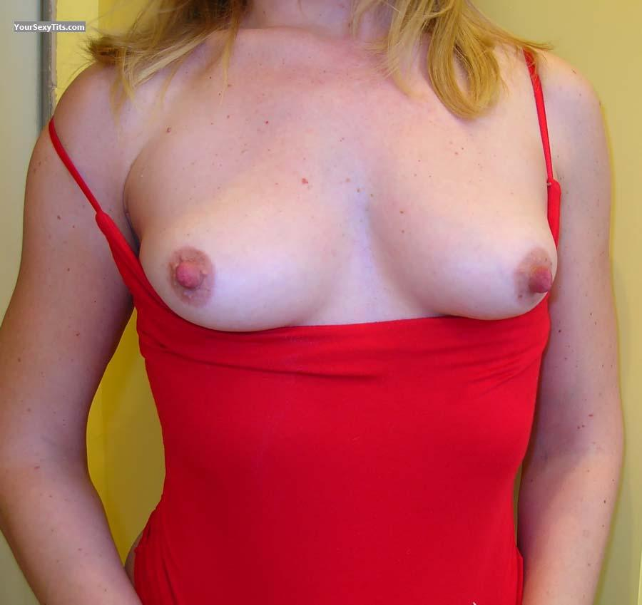 Tit Flash: My Very Small Tits - Echo from United States