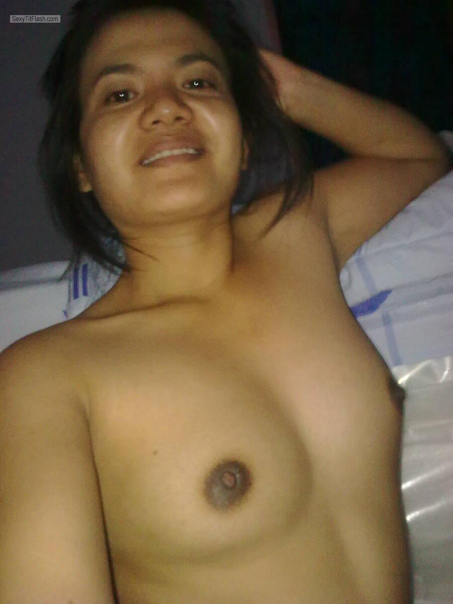 Tit Flash: Ex-Girlfriend's Very Small Tits (Selfie) - Topless Ester from Indonesia