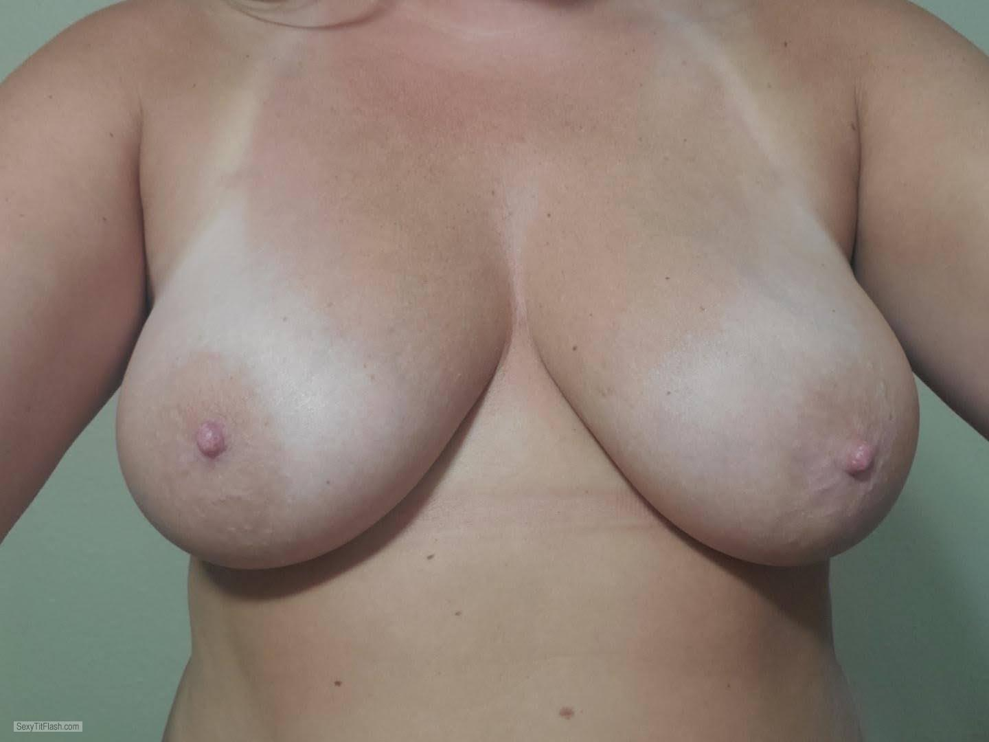 Tit Flash: My Very Small Tits With Strong Tanlines (Selfie) - Lesslie from United States
