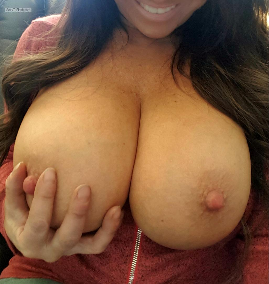Tit Flash: My Very Small Tits (Selfie) - KAYLA from United States