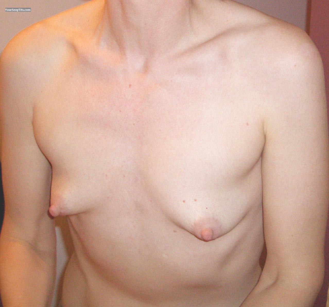 Very small Tits Biel