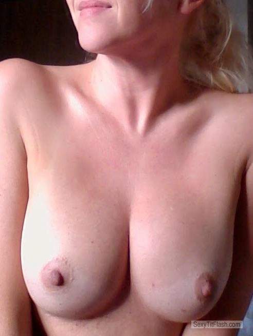 Tit Flash: My Medium Tits - Sexymilfmn from United Kingdom