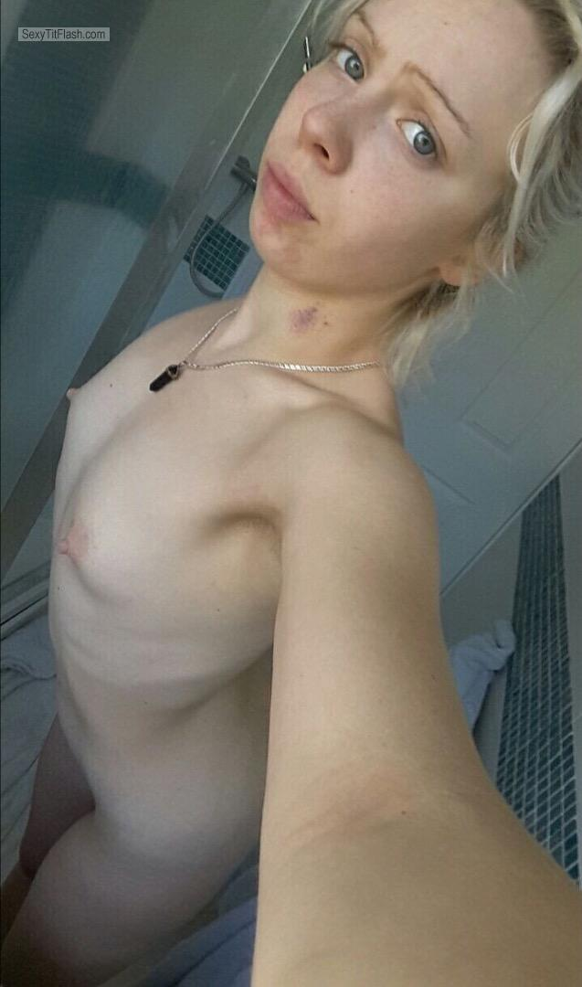 Very small Tits Of My Ex-Girlfriend Topless Selfie by Liz