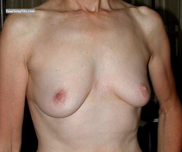 Tit Flash: Very Small Tits - Fifties Girl from United States