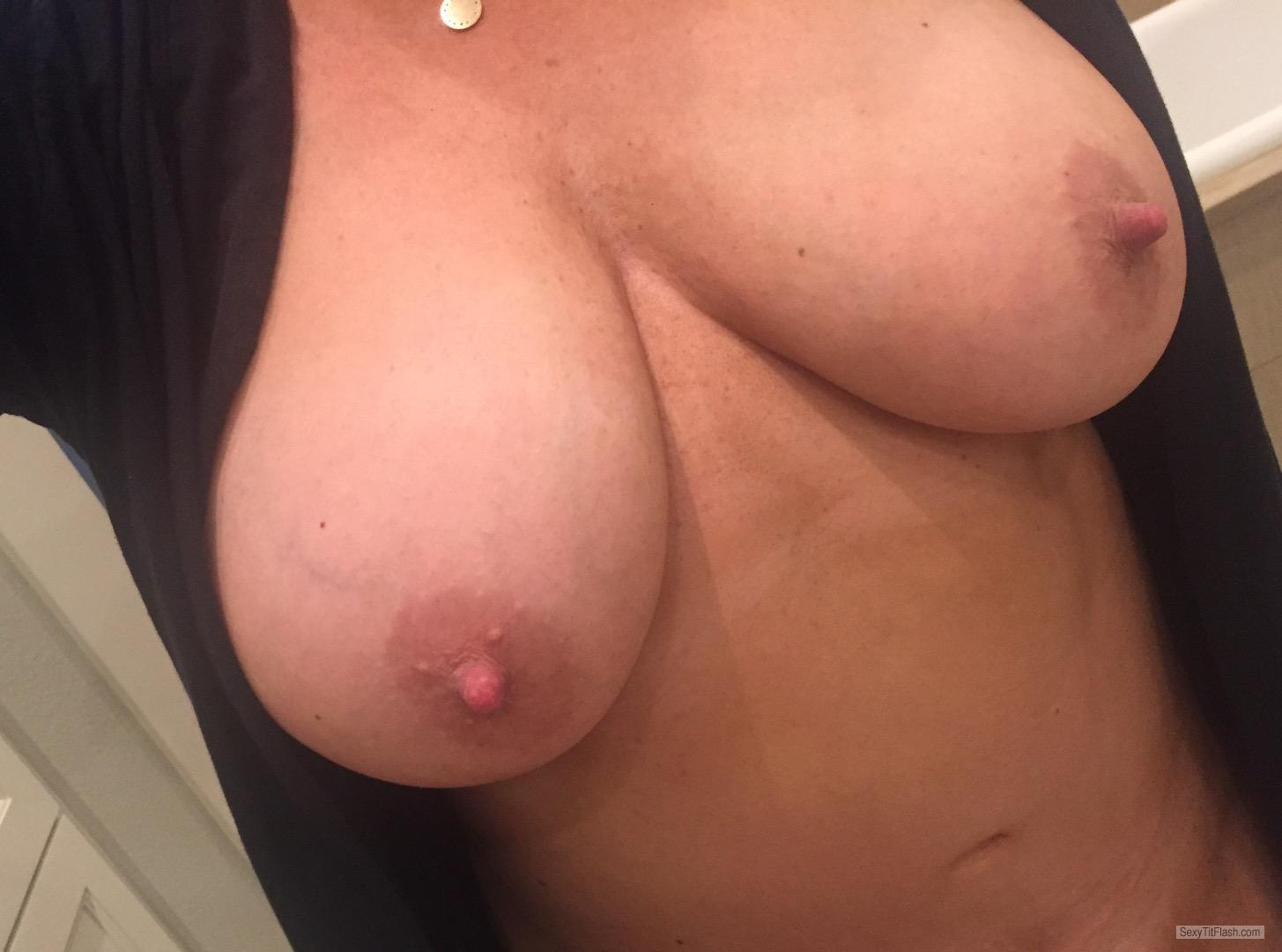 Very small Tits Of My Room Mate Topless Selfie by Sunny