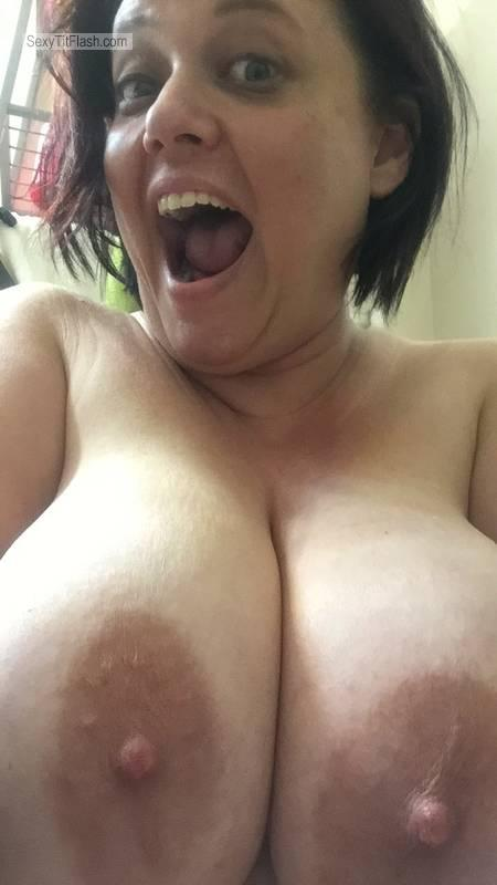 Very small Tits Of A Friend Topless Selfie by Heather